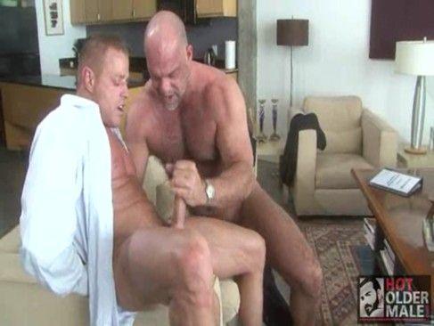 Porno gay de coroas