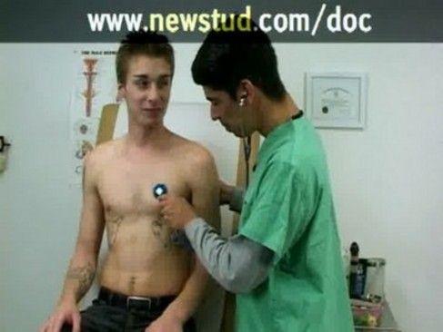 Novinho Safadinho Fazendo Exame Médico.