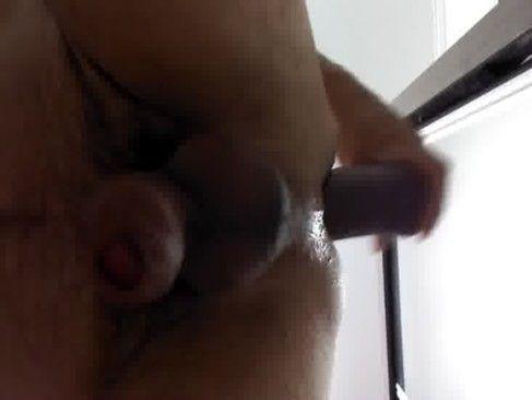 Vídeo amador do gay se masturbando.
