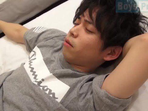 Japonês Novinho Metendo A Rola No Amigo.