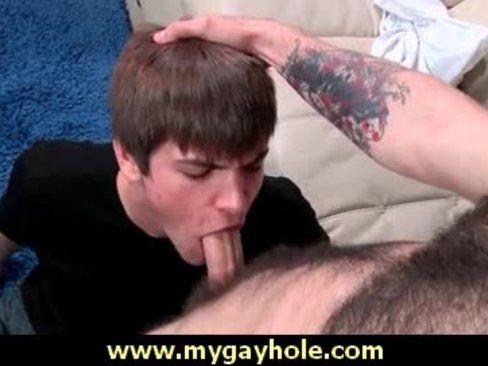 Amigos Gays Fizeram Boquete Um Pro Outro.
