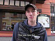 Hétero Mostrando O Pau Na Rua, Vídeo Amador.